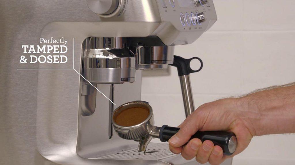 Auto Tamped and Dosis de Café Sage Appliances The Oracle