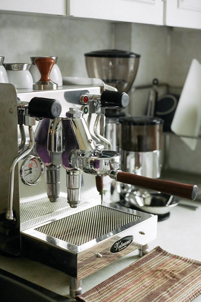 Máquina Espresso Doméstica Encima De Encimera De Cocina