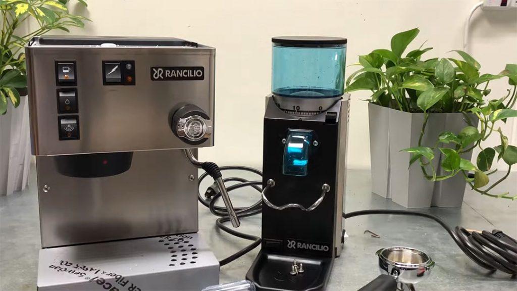 Rancilio Silvia Máquina Espresso Semi Automatica Y Rancilio Rocky Coffee Grinder