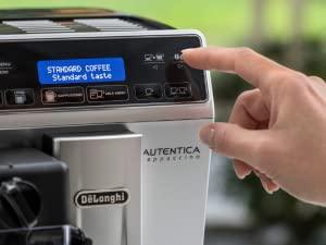 Maquina Espresso DeLonghi Autentica Plus Panel De Control Intuitivo
